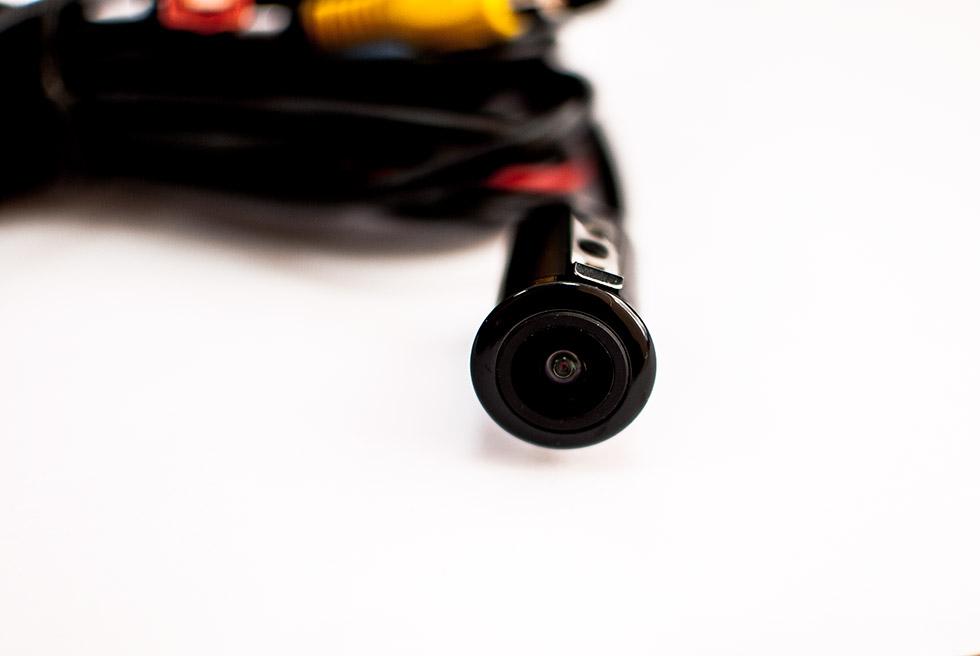 Камера заднего вида в бампер